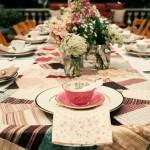 Casamento com estampas coloridas