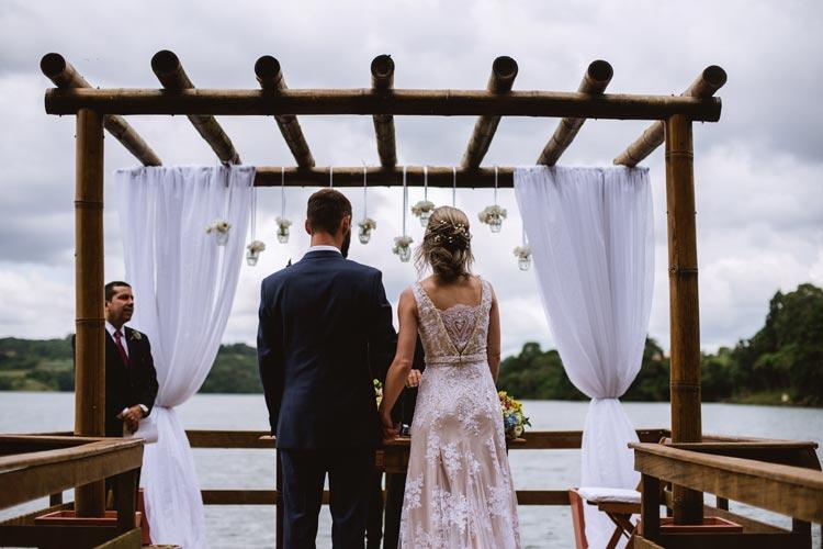 Casamento ao ar livre: Juliana e Ricardo