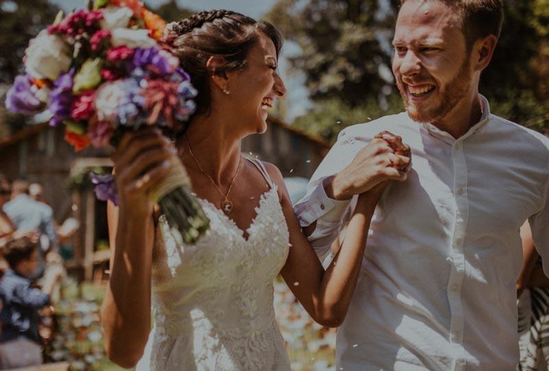 7 maneiras de economizar com o seu casamento