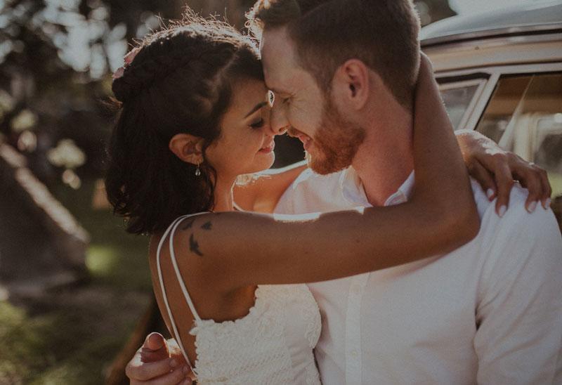 Casamento tropical em Curitiba: Gabi e Paulo