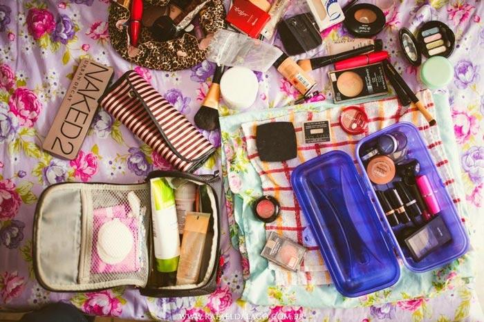 Sociedade de Dermatologia do Rio alerta: emprestar maquiagem traz riscos à saúde