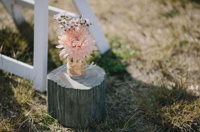Dicas para economizar na decoração da cerimônia de casamento