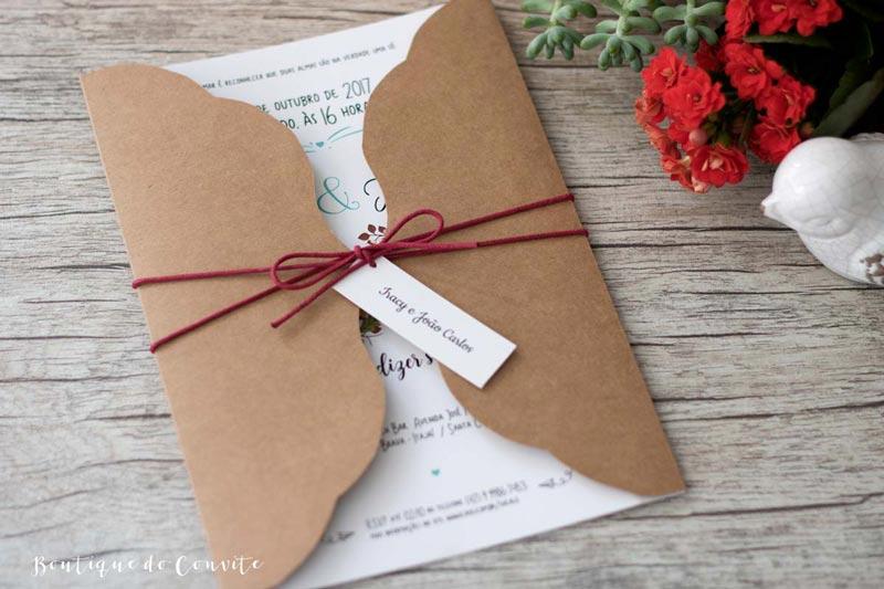 Quanto tempo antes do casamento devo encomendar meus convites?