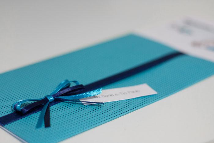 Como escrever o nome dos convidados nos envelopes do seu convite de casamento