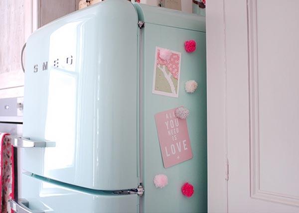 Faça você mesmo: Imã pompom para geladeira