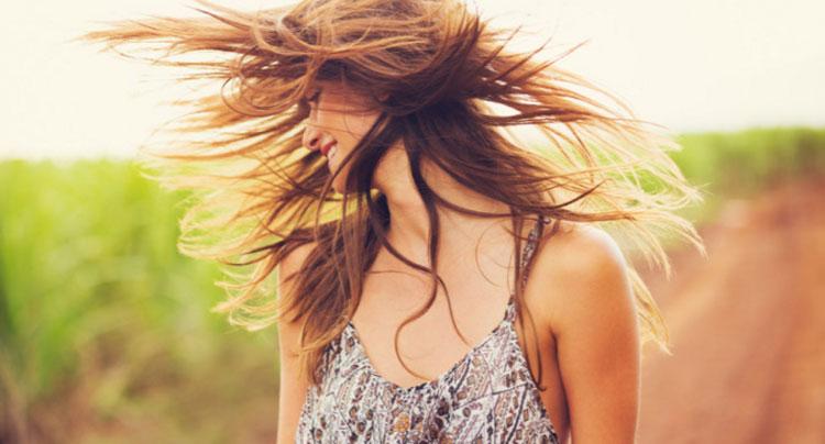 Cuidados com os cabelos no verão