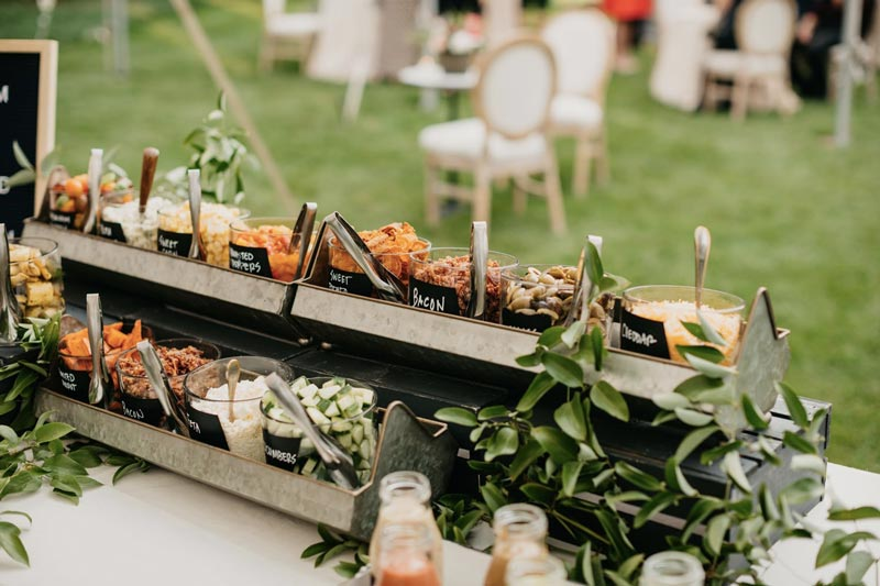 Cardápio de festa: Mesa de saladas