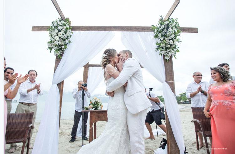 Casamento na praia: Giovanna & Marcus
